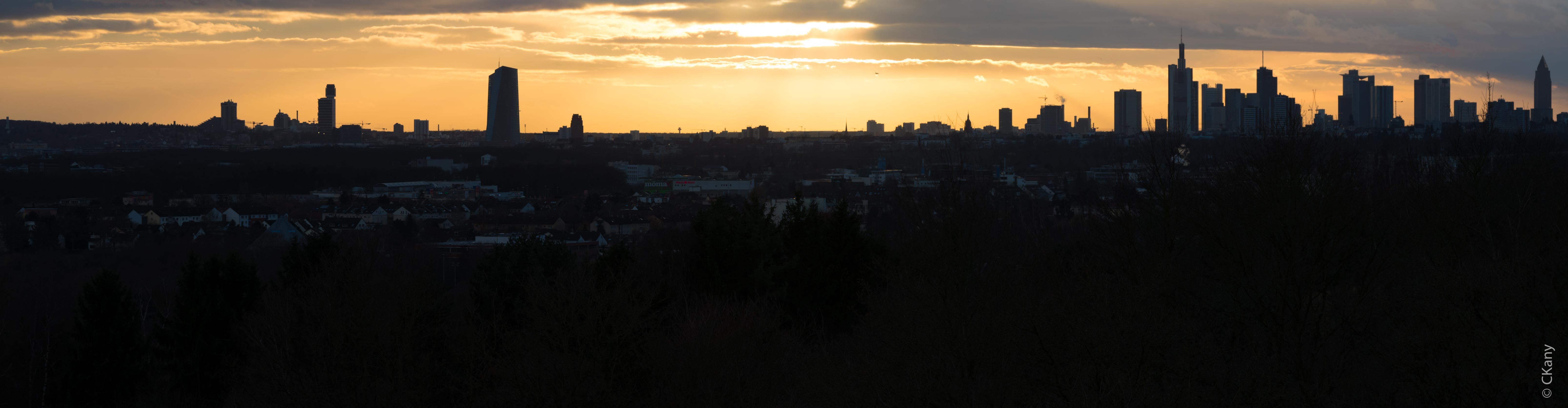 Frankfurt Skyline Pano